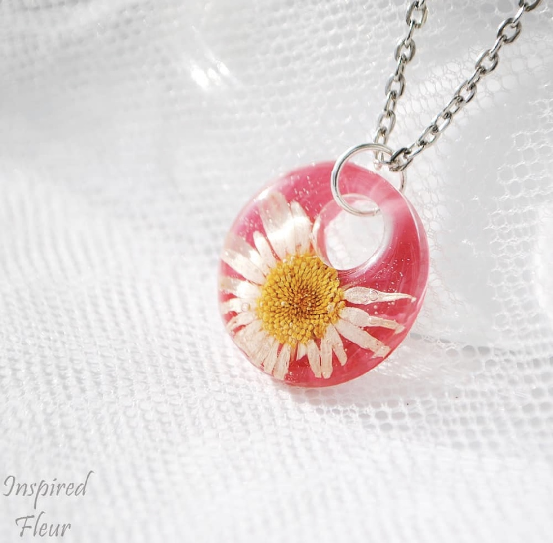 Cute pendant with chamomile necklace