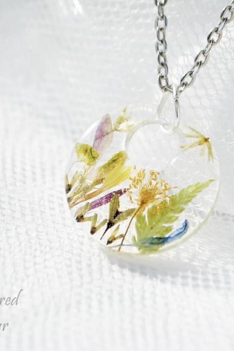 Pendant with various herbs resin necklace